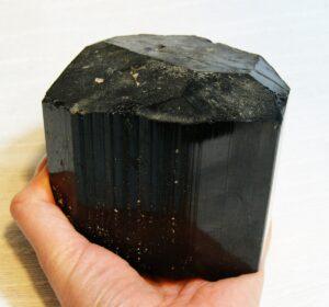целебные браслеты из черного нефрита